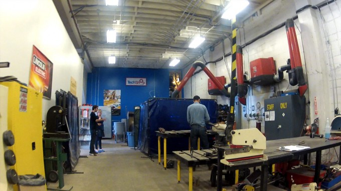 Welding station